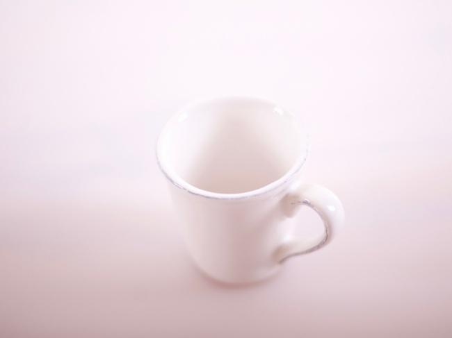 cote_table-espresso-tasse-weiss-4