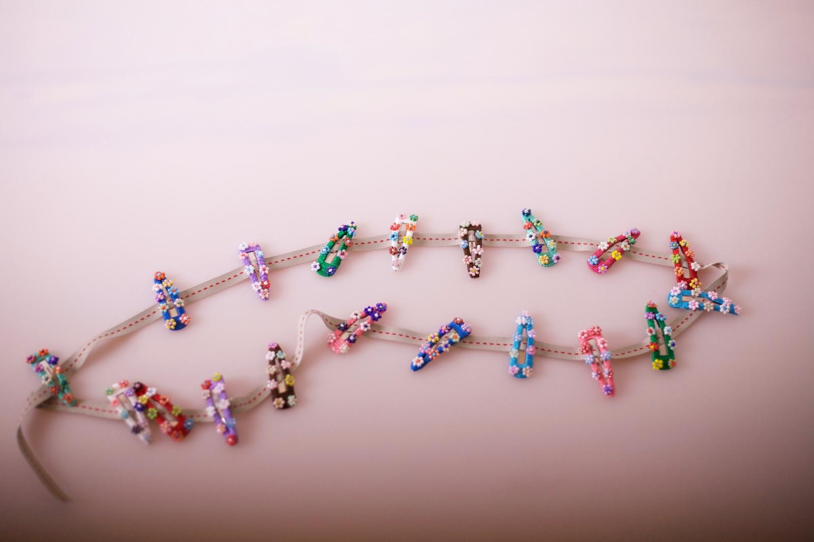 Haarspange bunt mit Perlen