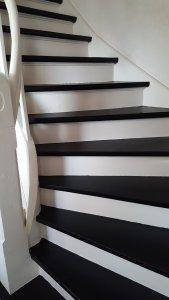 Treppe streichen - Wir zeigen wie es geht