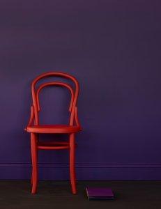 Mylands Kreidefarbe Wandfarbe Beispiel mit Stuhl