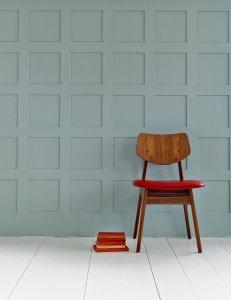 Mylands Fussbodenlack Beispiel mit Stuhl