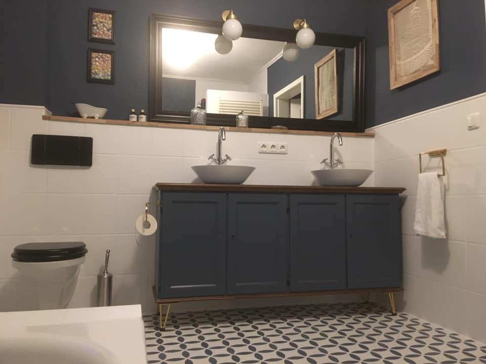 Badezimmer gestrichen mit Mylands Cotton Street